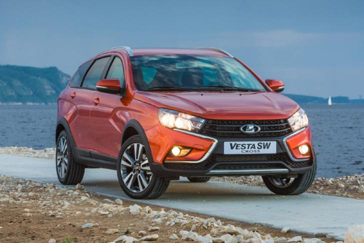 Lada Vest SW и Vesta SW Cross появились в Европе