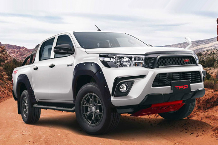 Toyota показа пикап Hilux Black Rally Edition