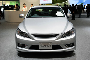 Toyota Mark X в Токио